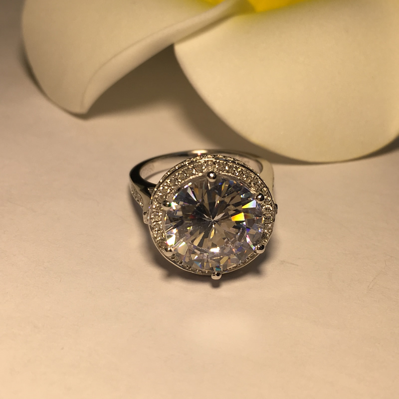 AINOUSHI luksusowe 5 CT projekt w stylu Vintage Antique okrągły Cut SONA ślub zaręczyny fantastyczny prawdziwe 925 Sterling srebrny pierścień w Pierścionki zaręczynowe od Biżuteria i akcesoria na  Grupa 2