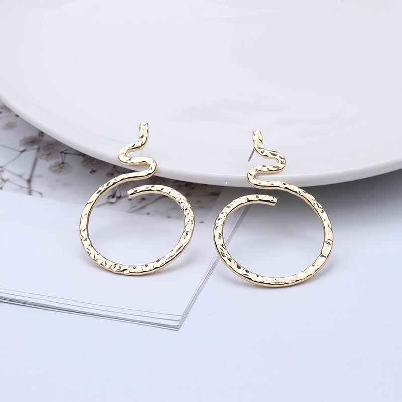 Statement Earrings 2019 Round Geometric Earrings For Women Animal Snake Shape Vintage Gold Color Fashion Earings Jewelry EB396