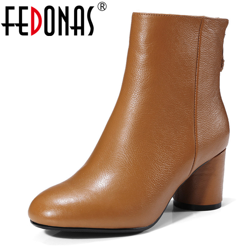 FEDONAS Brand Women Autumn Winter Ankle Boots Round Toe Short Martin Shoes Woman High Heels Zipper Motorcycle Boots Ladies Shoes fedonas new warm autumn winter snow shoes woman high heels zipper short martin boots retro punk motorcycle boots 2019 new shoes