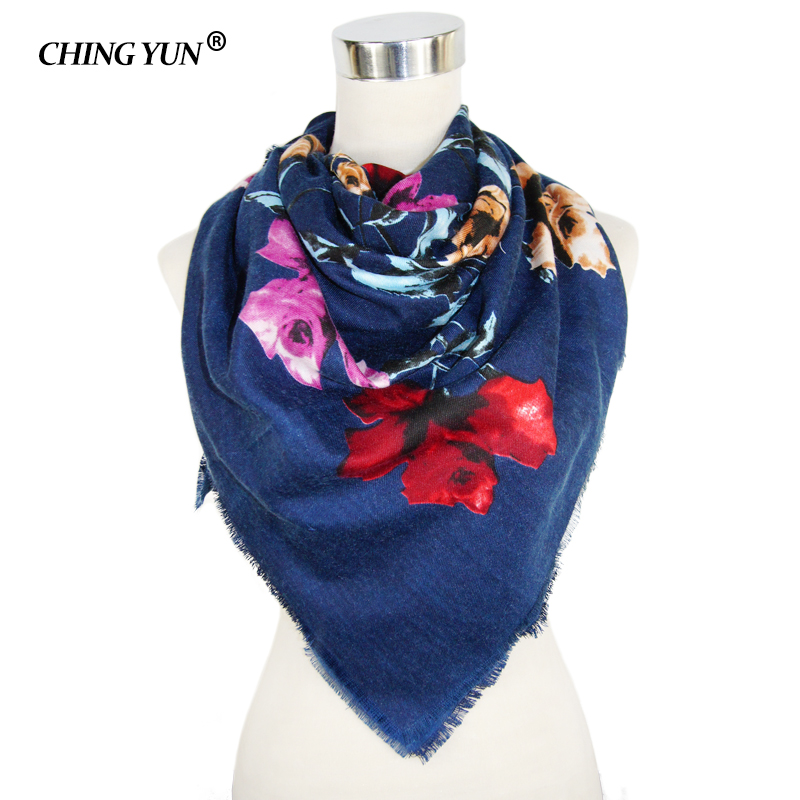 New Fashion women's tassel   Scarf   Square Floral Printed Brand shawls Female Winter amice women cotton   scarves     wraps   tippet112*112