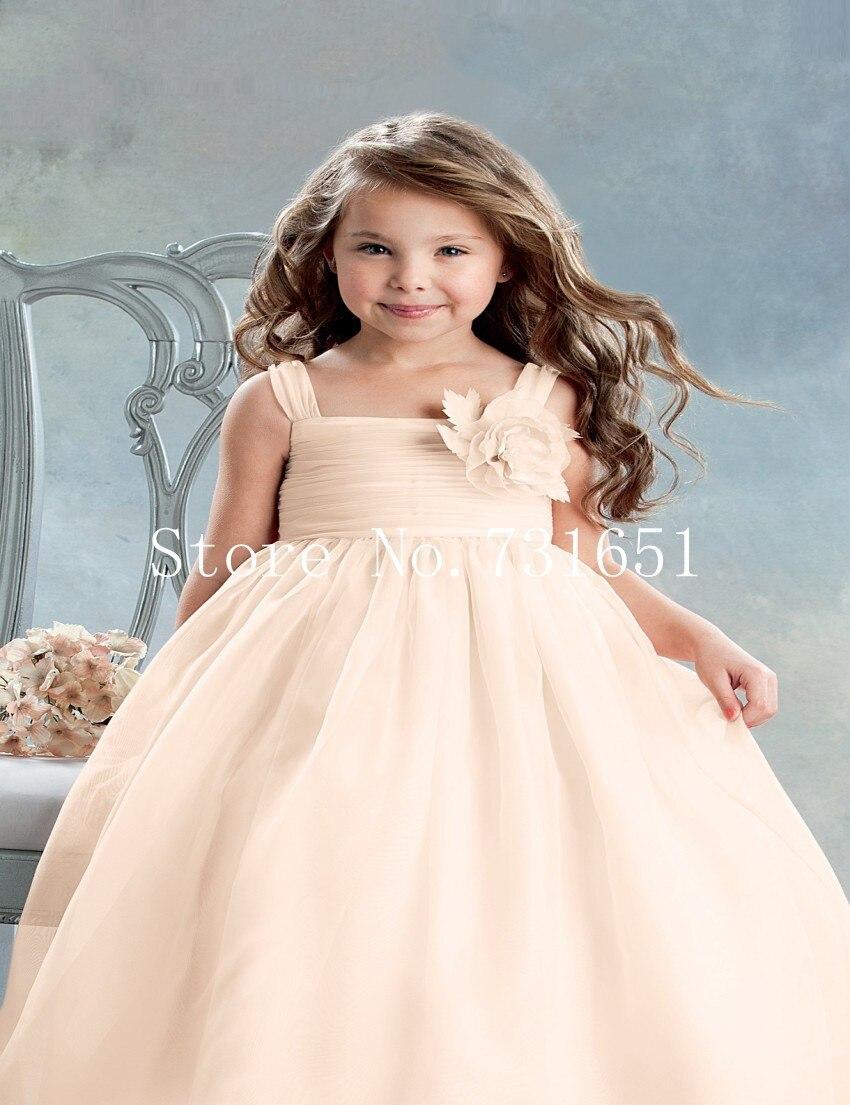 Little girls or little women  The Disney princess effect