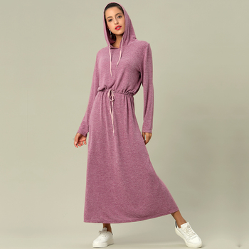 Robe capuche manches longues Femmes