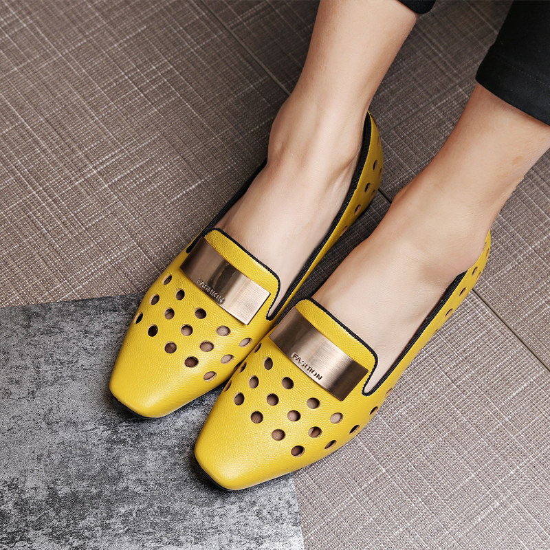 Fashion Luxury Lady Genuine Leather Hole Metal Low Block Heels Loafers Yellow Casual Women Shoes Summer