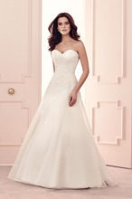 Sweetheart A line Lace Organza Wedding Dresses 2016 New Collection Unique Style