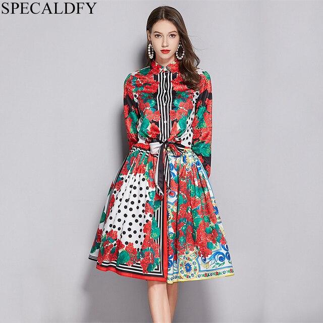 778aaf3da1848 2019 Spring Fashion Runway Suit Women 2 Piece Skirt Set Designer Floral  Print Crop Tops + Ball Gown Midi Skirts Womens Sets