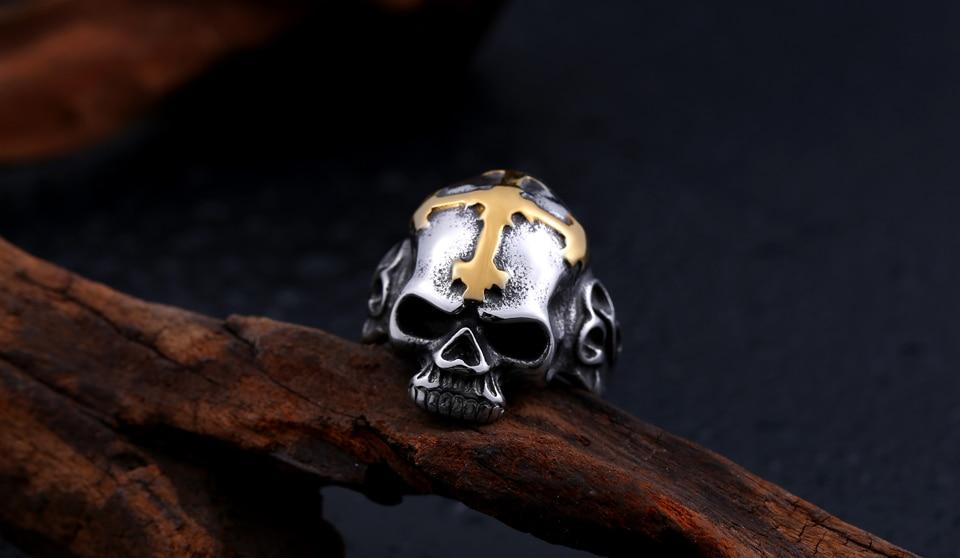แหวนสวยๆ Code 060 แหวนกะโหลกกางเขน เท่ห์ๆ สแตนเลส5