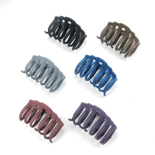 New Fashion Women Hair Claws Hair Crab Clamp Hairgrip Plastic Hair Clip Claw Hair Accessories for Women Hairdressing Tool Claw metal rhinestones hair clip vintage bronze plating butterfly hair claw retro flower hairgrip women hair jewelry