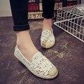 Malla Zapatos de Mujer Primavera 2017 Encajes de Ganchillo de Verano Pisos Zapatos de Las Mujeres de Las Señoras de Los Holgazanes Slip Zapatos Casuales Pescador Zapatos De Tejido de Paja