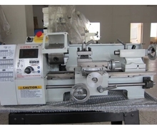 1pcs mini lathe Varible speed reaout lathe Micro lathe metalworking machine LV180X300
