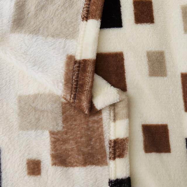 Soft Comfortable Geometric Printed Blanket