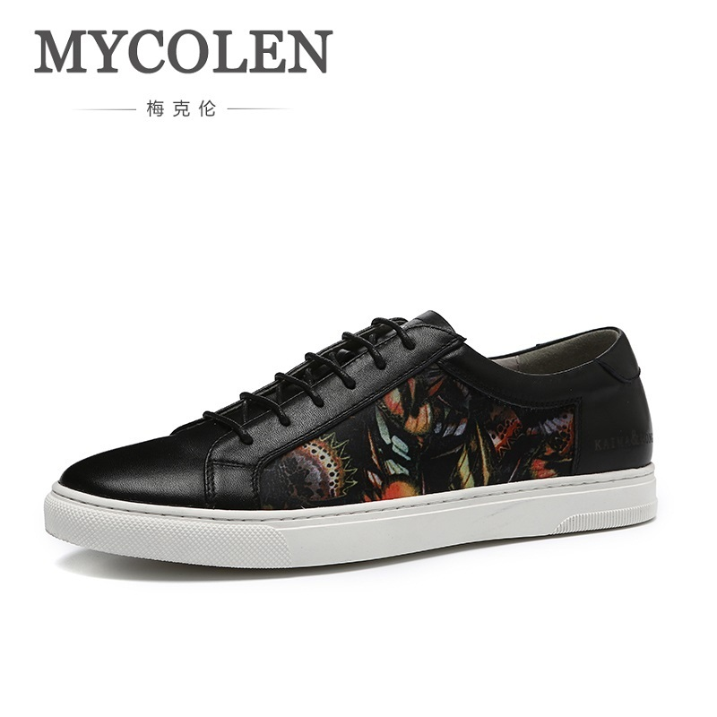 где купить MYCOLEN 2018 New Spring Summer Men Casual Shoes Breathable Black White Lace-Up Shoes Luxury Brand Men's Flats Shoes Zapatos дешево
