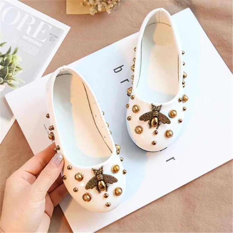 新しいファッション革の靴子供フラットカジュアルローファー女の子王女春夏通気性ダンスパーティー靴 02A