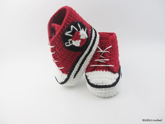 8fb86ca6b1 Crochet baby sneakers car BOY