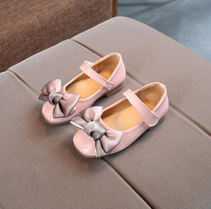 2018 spring new Korean version flats girls leather shoes kids casual student shoes childrens big bow Princess dance shoes