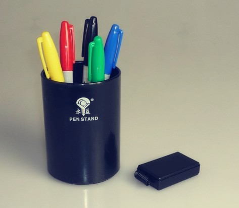 Gratis verzending Magic Tricks Color Pen Prediction - Plastic pennenhouder, Mentalism Magic / Stage Magic / Magic Props