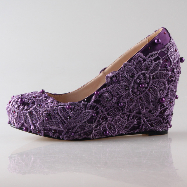 Exceptional Handmade Dark Purple Eggplant Lace Rhinestone Pearl Wedge Shoes Elegant  Bridal Mother Party Prom Shoes Beach