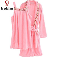 Autumn And Winter Coral Cashmere Ladies Night Gown 2017 New Long Sleeved Sweet Lanterns Robe Gown