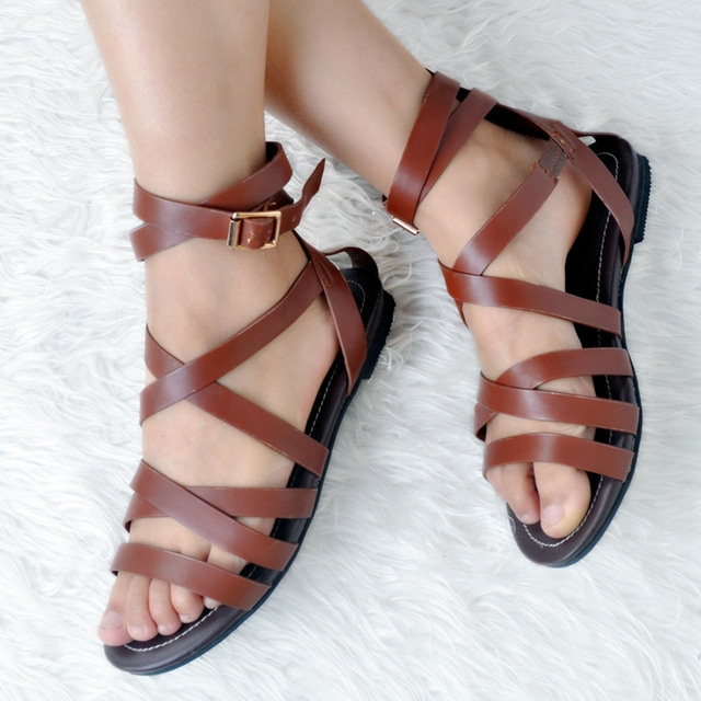 b95ab8504 Brown Flat Heel Women Sandals Open Toe Cross Tied Rubber Sole Ankle Strap  Summer Sandals 2017 Gladiator Rome Style Shoes