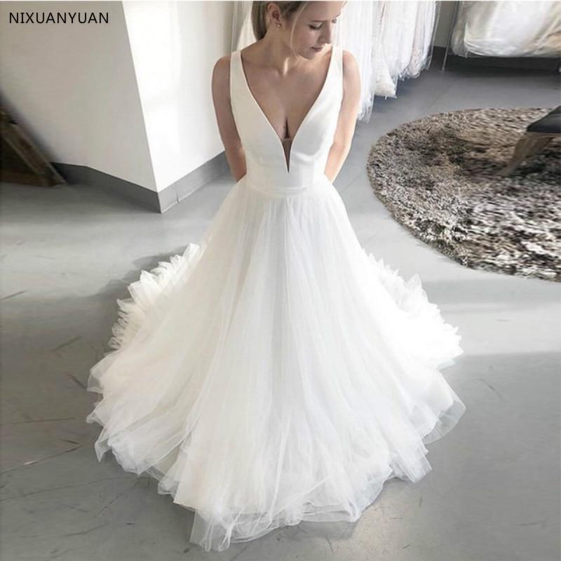 Simple Beach Wedding Dresses Deep V-neck Sleeveless Bridal Dresses Satin Top Tulle Skirt Custom Made White Ivory Wedding Gowns