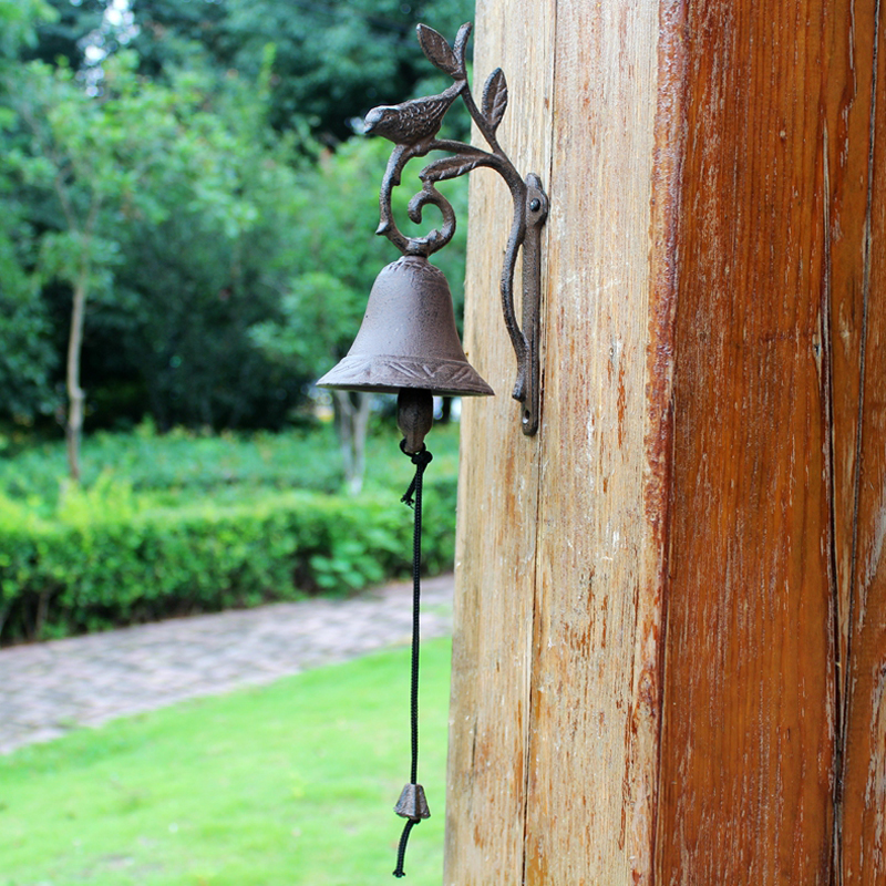 European Vintage Rustic Bird on Branch Design Cast Iron Wall Mounted Hand Cranking Door Bell-in Wind Chimes & Hanging Decorations from Home & Garden    2