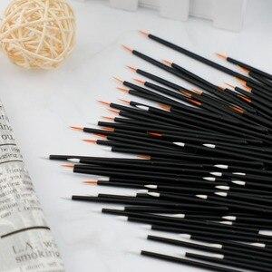Image 5 - 50 adet naylon tek kullanımlık Eyeliner fırçası güzellik tırnak fırçası makyaj araçları Lipliner fırça aplikatör siyah makyaj fırçası aksesuarları
