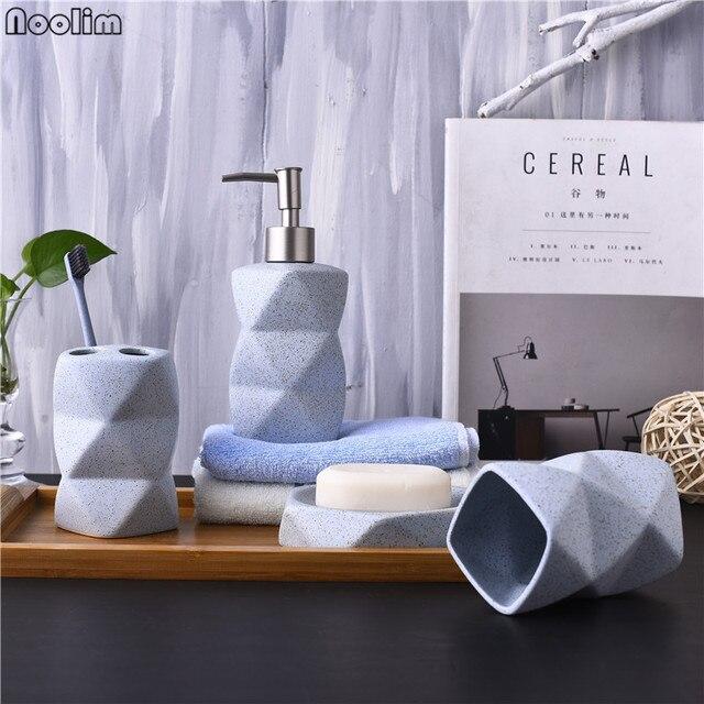 NOOLIM Nordischen Stil Badezimmer Set Keramik Seifenspender  Zahnbürstenhalter Vierteilige Bad Zubehör Set