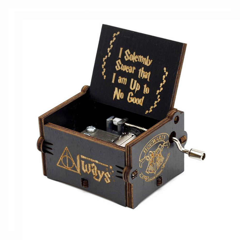 New Carved Queen Music Box Star Wars Game of Throne Castle In The Sky Hand Cranked Wood Music Box Christmas Gift - Цвет: black H