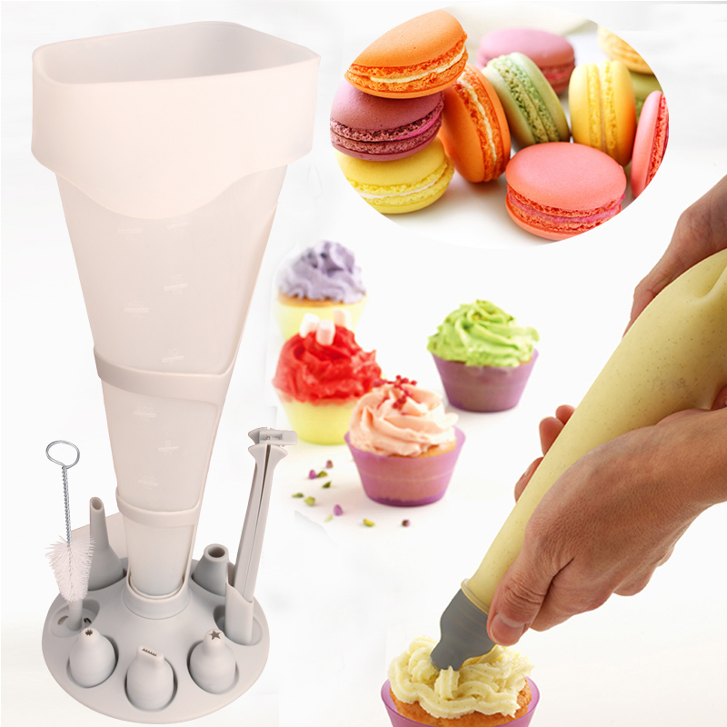 Mastrad Poche A Douille 11 Piece Pastry Cake Fondant Decora Cream Piping Icing Nozzle Pastry Bag Holder Tray Stand Kitchen DIY