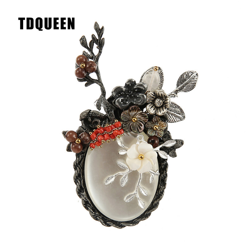 TDQUEEN Antique Silver Plated Metal Flower Brooch Large Oval Round Stone  Natural Shell Flower Luxury Brooch 9e69d310eb29