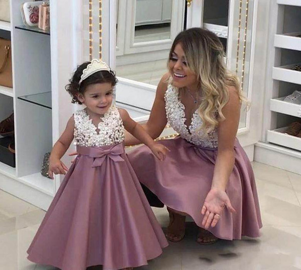 Cute V Neck Dusty Pink   Flower     Girl     Dresses   2019 Mother and Daughter Toddler Little Gilrs   Dress   First Communion   Dresses