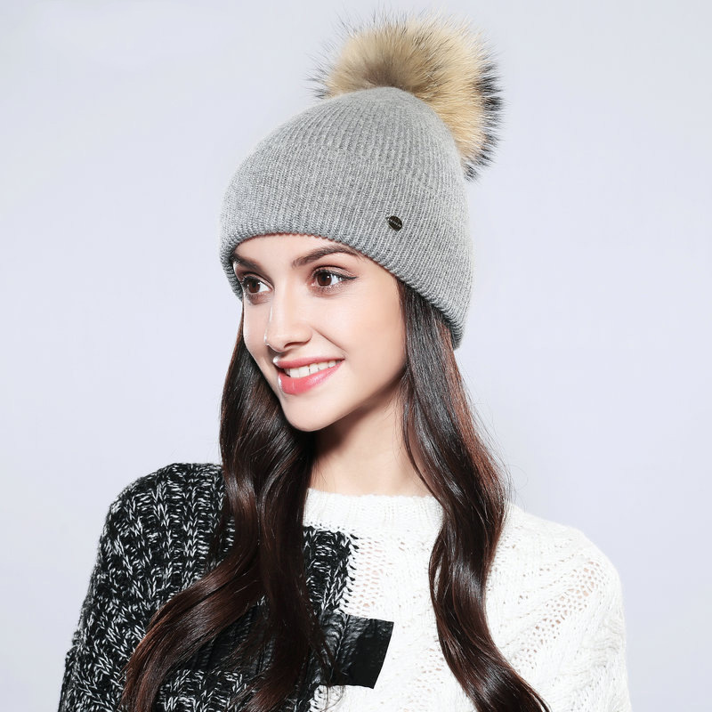 Women's Winter Hats 2018 Real Raccoon Fur Solid Casual Pompom   Skullies     Beanies   Cotton Wool Warm Knitted Cap 12501