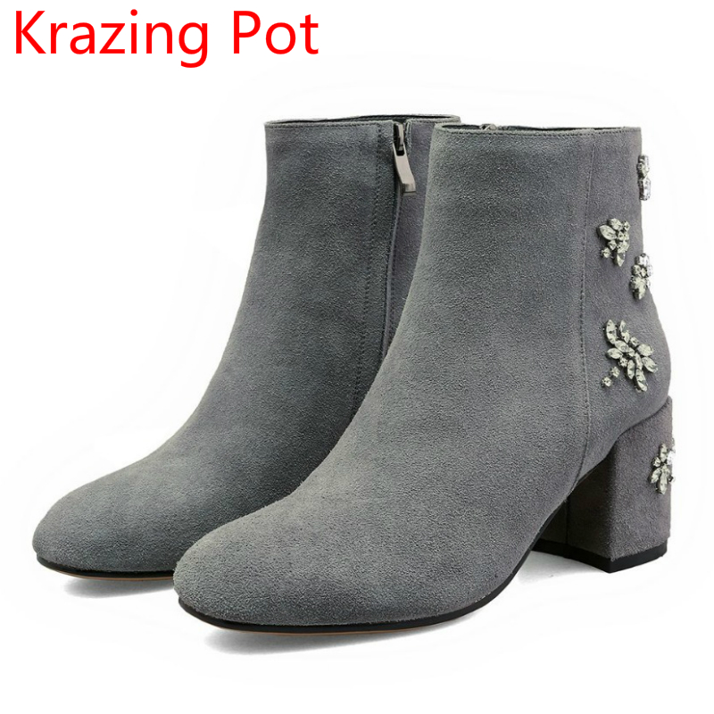 New Arrival Cow Suede Flowers Rhinestone Fashion Boots Women Round Toe High Heels Runway Chelsea Boots Casual Ankle Boots L8f5 fringe wedges thick heels bow knot casual shoes new arrival round toe fashion high heels boots 20170119