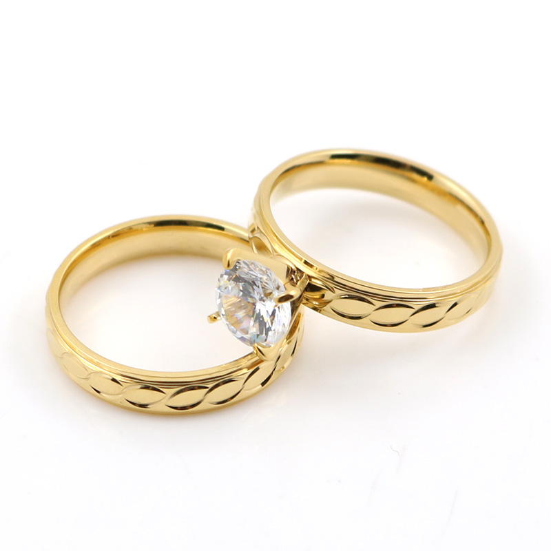 Elegant Gold color Couple Rings in Engagement Rings for Lover ...