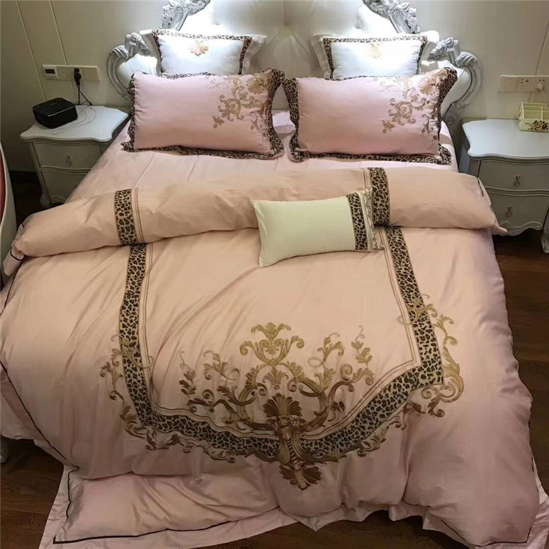 Pink fashion Modern style luxury Golden Leopard Print Embroidery Egyptian cotton Bedding set duvet cover bed sheet pillowcasesPink fashion Modern style luxury Golden Leopard Print Embroidery Egyptian cotton Bedding set duvet cover bed sheet pillowcases