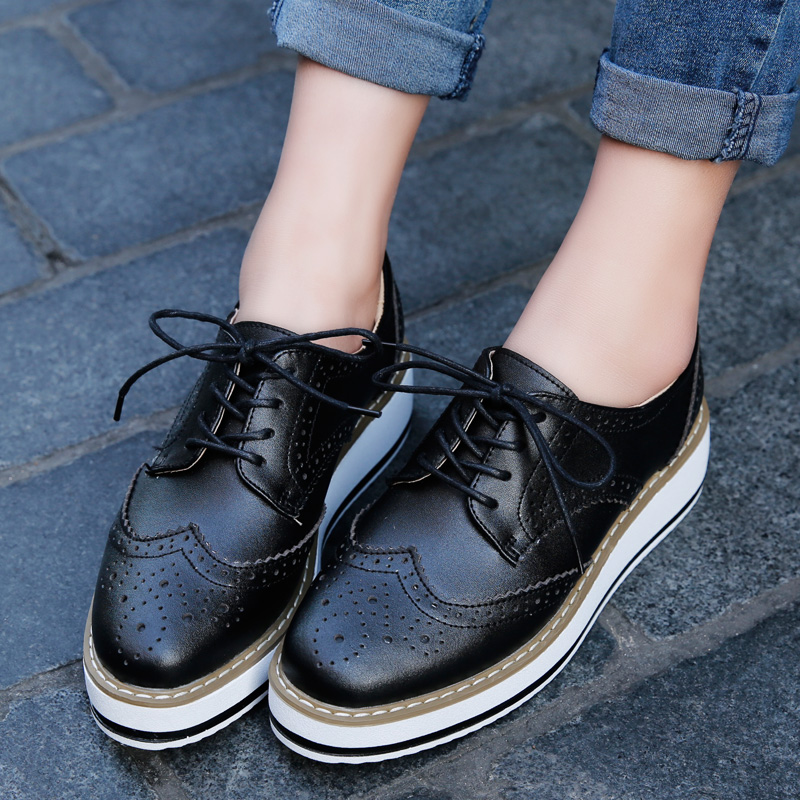 243dc967b1 Patent Leather Women Platform Oxfords Brogue Flats Shoes Lace Up Square Toe  Brand Female Footwear Shoes For Women Creepers Black