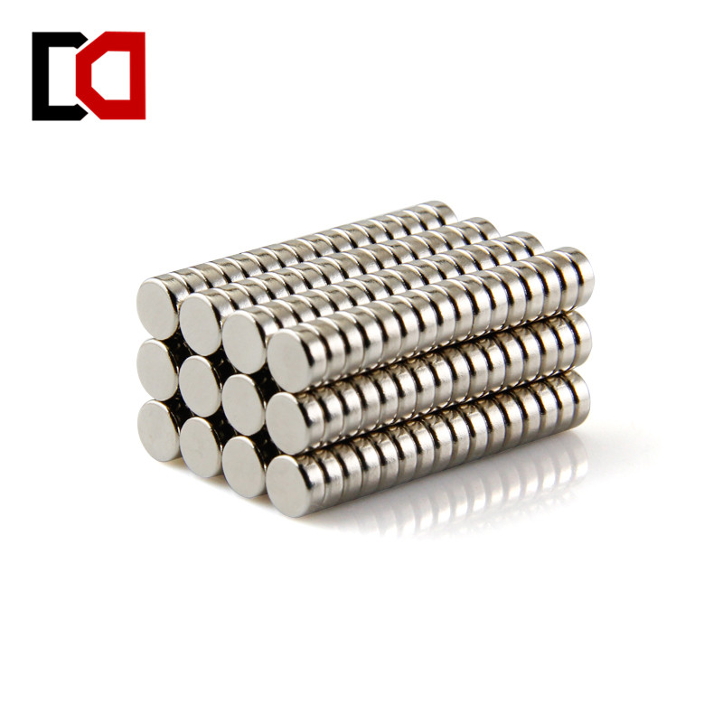 100pcs disc 5x2mm n50 rare earth permanent strong neodymium magnet bulk NdFeB magnets nickle high quality100 pcs set 10mm 1 5mm thin neodymium magnets rare earth n50 neodymium permanent super strong magnetic disc
