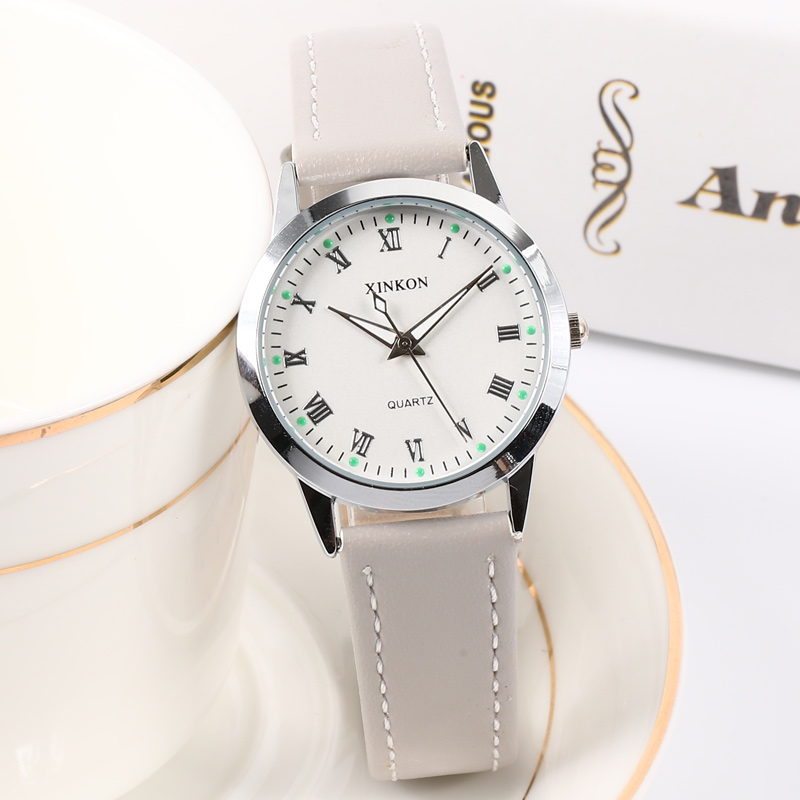 2019 Luxury Brand Silver Women's Watch Simple Style Vintage Leather Band Quartz Watch Fashion Wristwatch Ladies Watches Clock