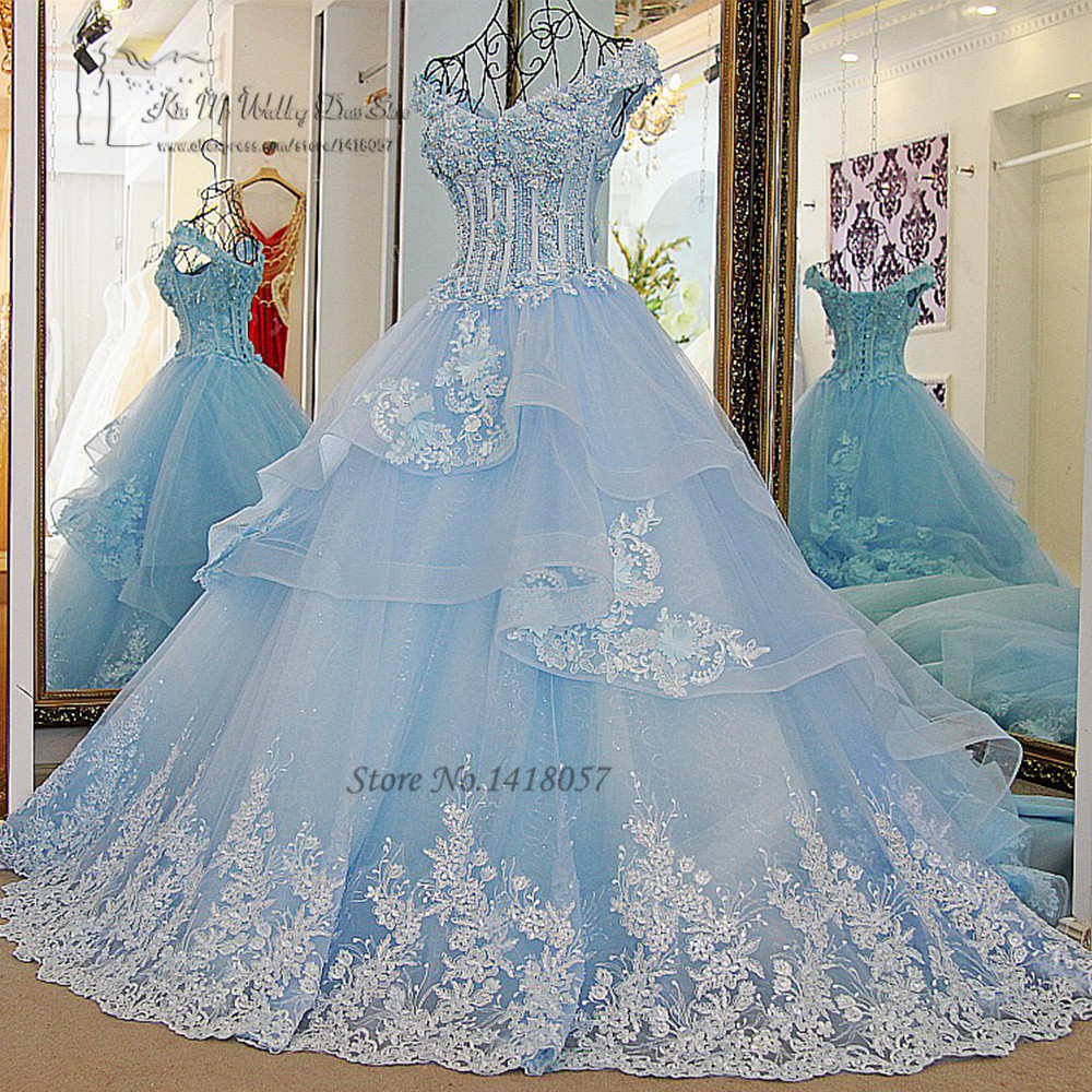Vestido de noiva princesa luxo vintage light blue wedding for Light blue and white wedding dresses