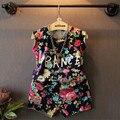2017 verano nueva ropa de los bebés fija de color retro flowers letras 2 unids camisetas + traje de pantalones cortos de moda famosa marca de ropa para niños