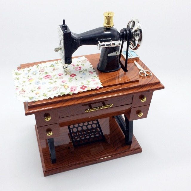 New Arrival Vintage Music Box Mini Sewing Machine Style Gift Table Inspiration Musical Sewing Machine Music Box Vintage Look