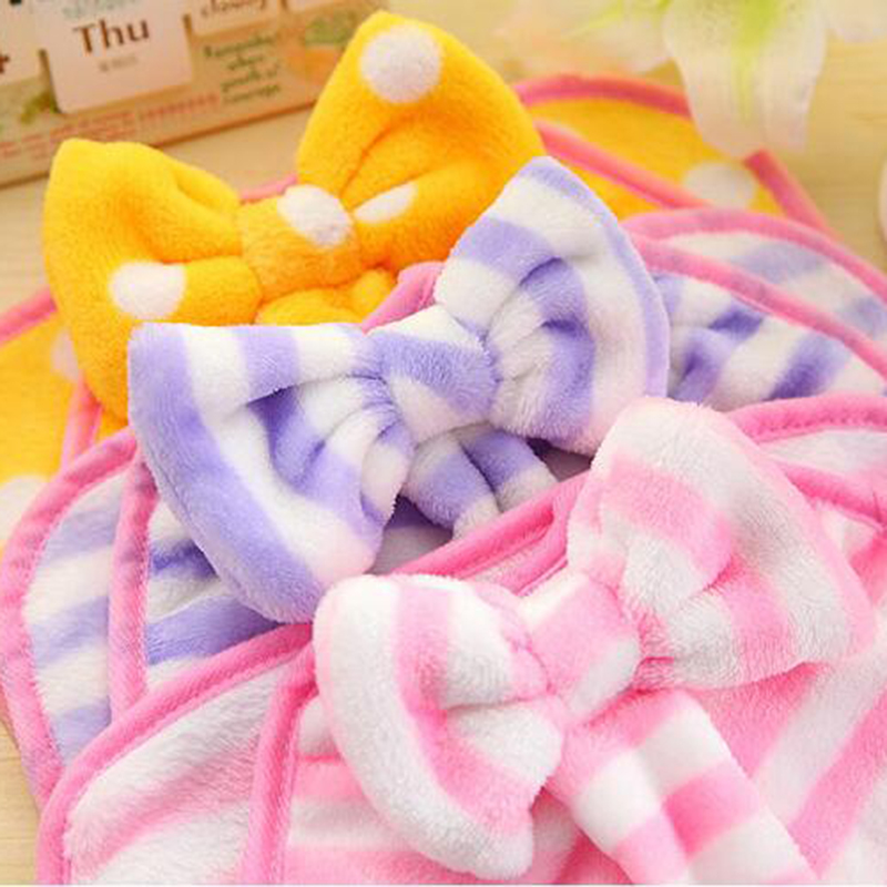 1pcs Cartoon Baby Kids Hand Towel Soft Plush Fleece Cute Dot Wipe Hanging Bathing Towel Free Shipping D
