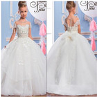 Withe Ball Gowns wit...