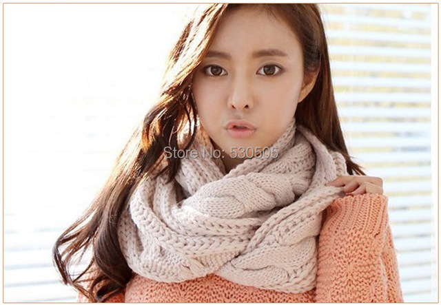 0d6b9f175f4 US $489.0 |Soft Wool Chunky Cable Knit Infinity Scarf, Knit Cowl, Knit  Snood, Chunky Cable Knit Scarf-in Women's Scarves from Apparel Accessories  on ...