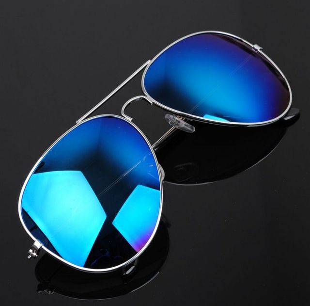 d7151458e1 Unique Stylish Aviator Sunglasses Silver Mirror Lens with UV400 Protection  for Cool Guys and Cool Girls silver frame blue lens