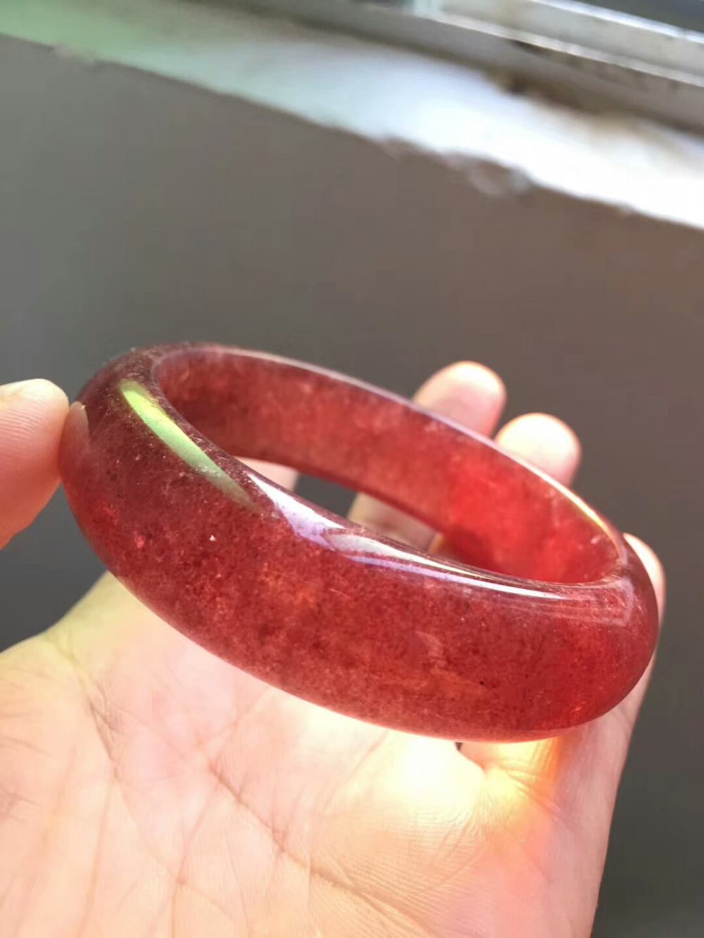 Genuine Natural Ice Red Strawberry Quartz Bangles Lady Bracelets Crystal Wedding Bangle Inner Diameter 56mm AAAAAA Drop ShippingGenuine Natural Ice Red Strawberry Quartz Bangles Lady Bracelets Crystal Wedding Bangle Inner Diameter 56mm AAAAAA Drop Shipping