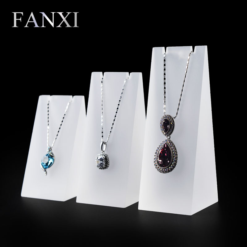 цена на FANXI Fashionable Necklace Display Stand Pendant Holder Prop Set Matte Acrylic Jewelry Display Rack Shop Organizer 3pcs/ Set