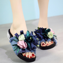 цены 2018 New Denim Summer Slipper Flower Bow Women Slides Outside Women Flats Beach Sandals Non-slip Fashion