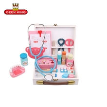 GEEK KING  Wooden Everybody's Pretend Play Doctor Toy Boys Girl Nurse Imitation Laptop Medical Kits Set Children toys geek king pretend play wooden toys 3d tree house preschool wood toys for children building blocks freeshipping