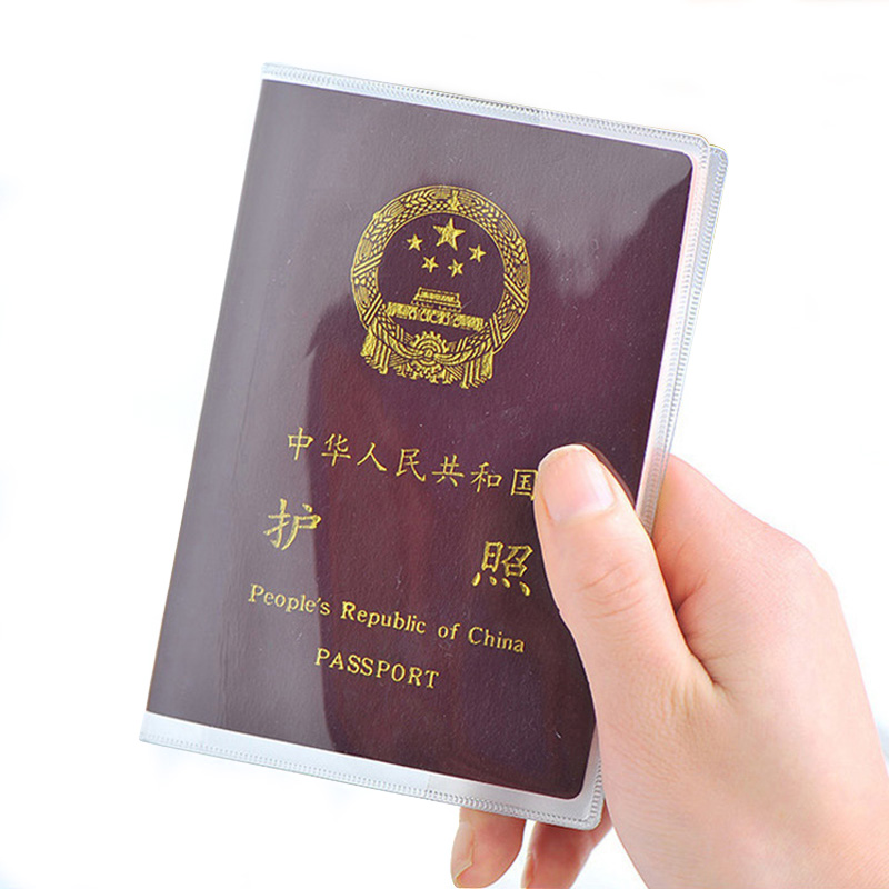 Transparent Plastic Passport Cover For Women And Men Waterproof Covers On The Passports Durable Travel Passport Case Pass Holder