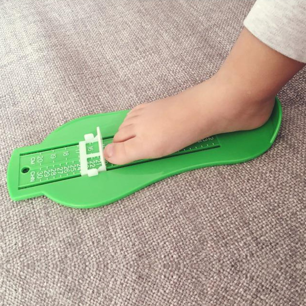 Random Color  Kid Infant Foot Measure Gauge Shoes Size Measuring Ruler Tool  Fingerprint Souvenirs Baby Hand And Foot Print
